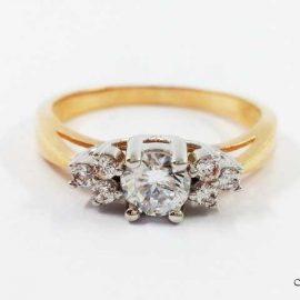 Žiedas su Cirkoniu AU168