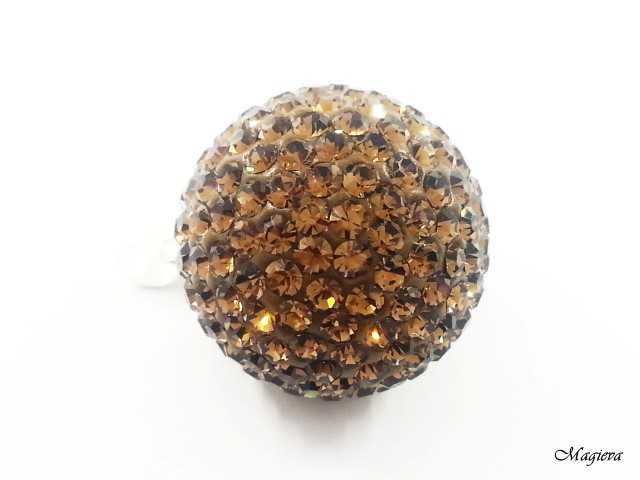 Pakabukas su Swarovski kristalais S1614