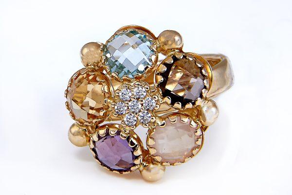 Žiedas su naturaliais akmenimis A0039